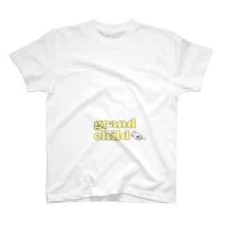 grandchild(左側) T-shirts