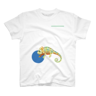 エボシカメレオンのホネ T-shirts