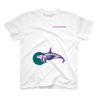 シャチのホネ T-shirts