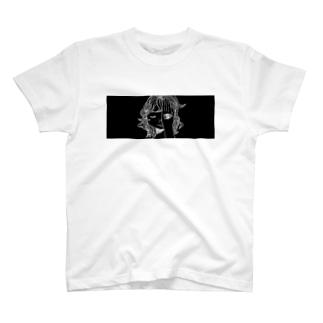 見ているよ Black T-shirts