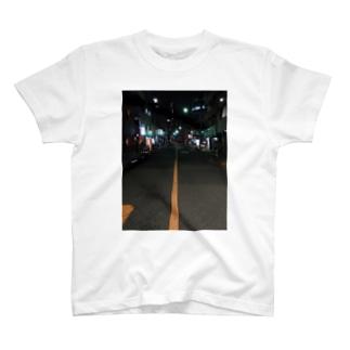 夜道 T-shirts