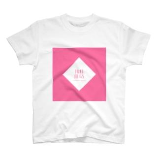 FREE HUGS(フリーハグ)【ダイヤ】 T-shirts