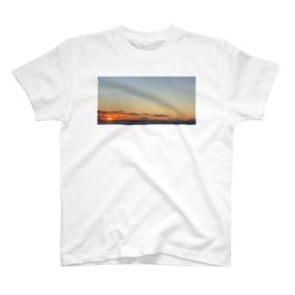 富士山 夕日(サンセット) 海 T-shirts