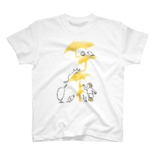 石川ともこののびのび傘 T-shirts