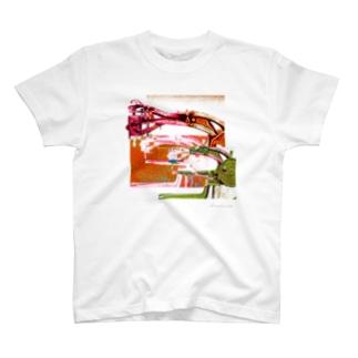 再構成~棄てられたミシン1 レッド T-shirts