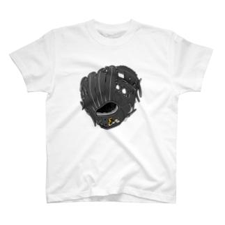 グローブ(内野手用)カラー3 T-shirts