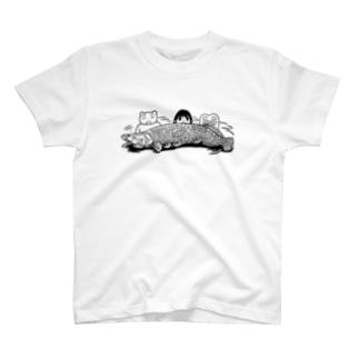ピラルクー T-shirts