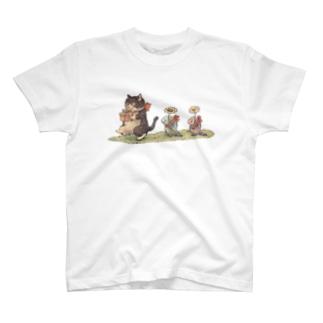 行進 T-shirts