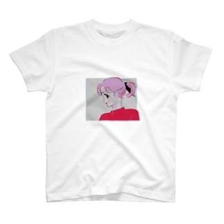 ピンク子 T-shirts