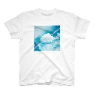 雲とネオン T-shirts