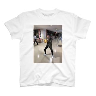 ワンナイトしまーだ君 T-shirts