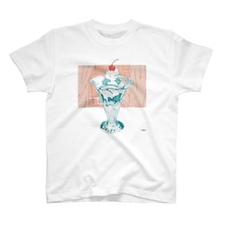 うみべのパフェ T-shirts