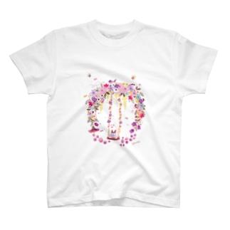 お花のブランコ T-shirts