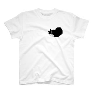 黒白猫おやすみ T-shirts