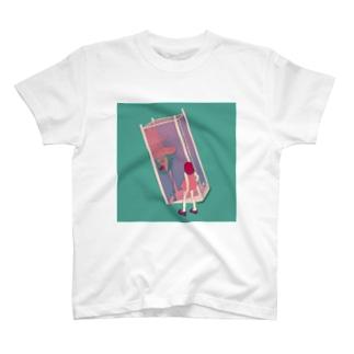 電話ボックス T-shirts