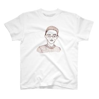 旦那のキメ顔 T-shirts