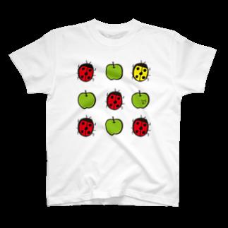 ★いろえんぴつ★のてんとうむし♡あおりんご Tシャツ