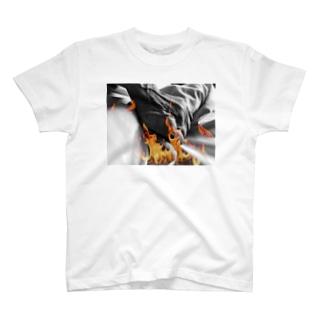 老人の手14 T-shirts