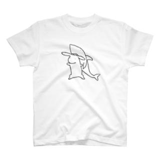 うさぎ専用サメ帽 T-shirts