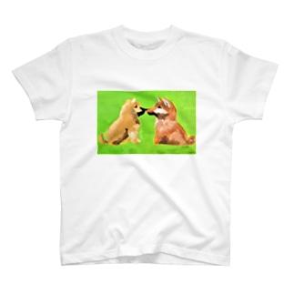 柴犬(しばことしばお) T-shirts