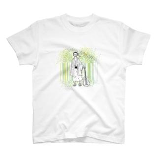着物とギターと森林 T-shirts