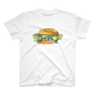おいしいよ、バーガー T-shirts