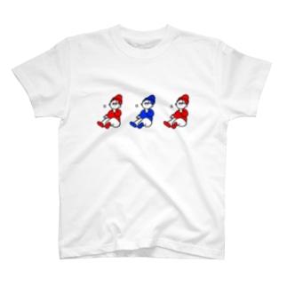 赤青帽子頷き三兄弟 T-shirts