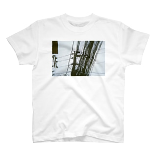 地獄の配線 T-shirts
