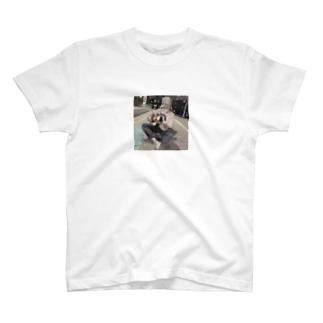 エモギター T-shirts