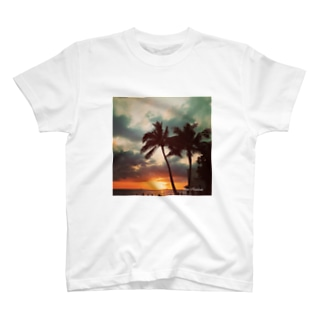 Red sunset  T-shirts