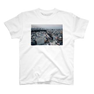 渋谷という街 T-shirts