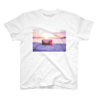 夕日に輝くシリーズ T-shirts