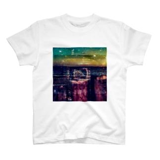 vacant→ T-shirts