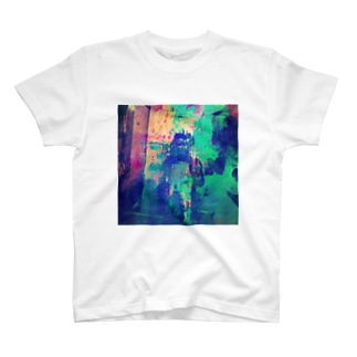 theLiverary T-shirts