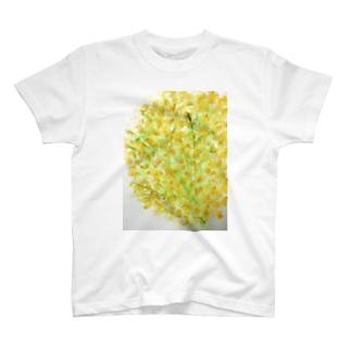 黄色いお花の T-shirts
