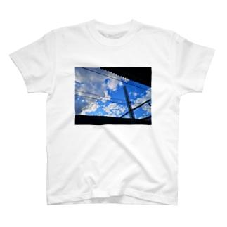 sky-st T-shirts