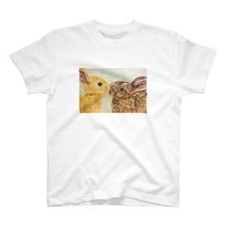 うさぎ🐰 T-shirts