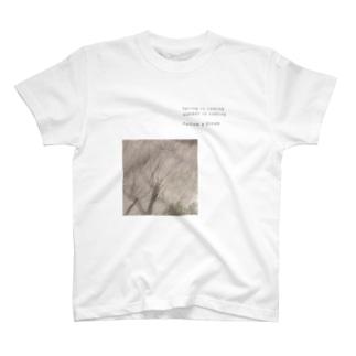 季節外れの桜ちゃん T-shirts