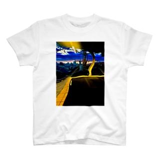 歪み T-shirts
