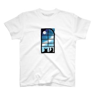 犬と猫 T-shirts