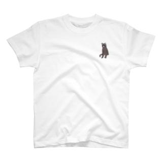 座りネコ T-shirts