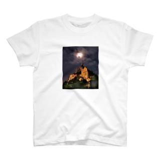 ブラン城 T-shirts