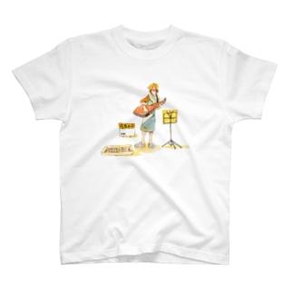 ストリートミュージ鮭 T-shirts