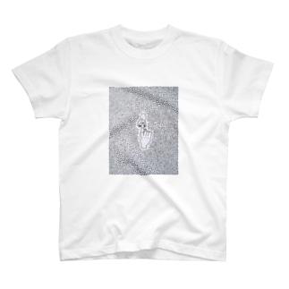 鼻のやつ T-shirts