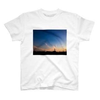 夕焼け空 T-shirts