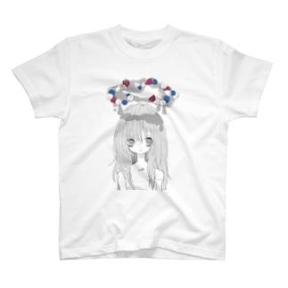 甘いもの食べたい T-shirts