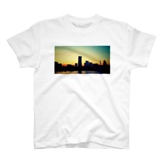 初恋の夕景 T-shirts
