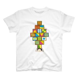 カラーボックスを沢山持っている人 T-shirts