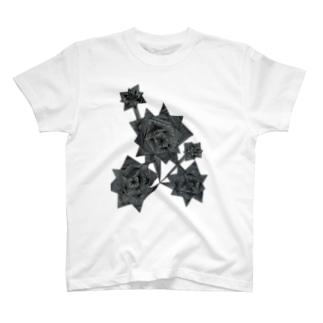 適当に線を引いた T-shirts