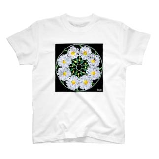 カモミールのマンダラ T-shirts